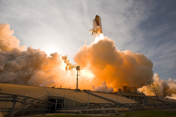 Shuttle launches created hydrochloric acid, particulates and 28 tons of CO2. (Source: Flickr/USArmy)