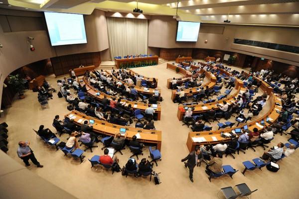 Bangkok 2012 - Kaleidoscope of visions for Durban Platform make path forward unclear
