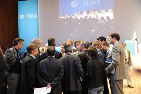 Norway minister's scribbles at UN climate talks reveal complex picture