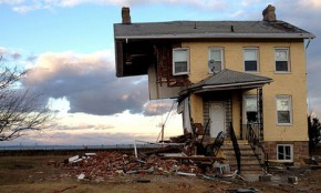 Natural disasters cost $160bn in 2012