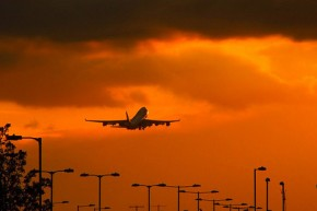 Airlines reject carbon trading 'windfall profit' claims