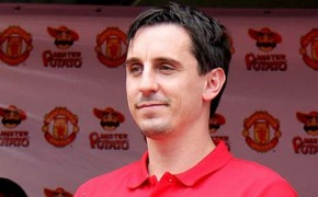 Gary Neville: teamwork key to UK scoring climate goals