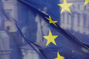 EU eyes 40% emission reduction target by 2030