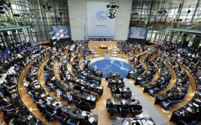 UN climate negotiators debate 2050 carbon target