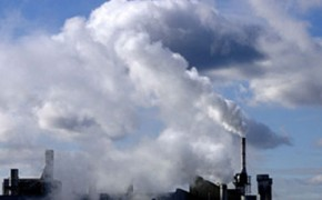 Pollution helps clouds to slow global warming