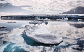 Arctic melt is $60tn 'economic time bomb'