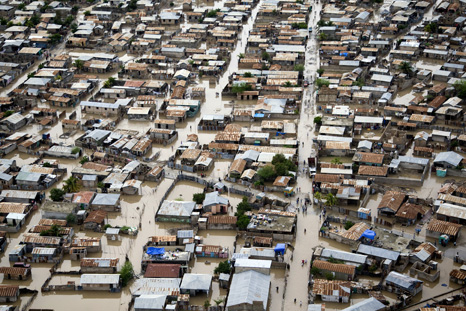 Flooding after Hurricane Tomas in Haiti. Economic damage from extreme weather is rising (Source: UN Photo/UNICEF/Marco Dormino)