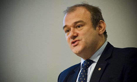 """Ed Davey: """"The colour of growth is green"""""""