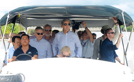 John Kerry, a Vietnam war veteran, returns to the Mekong Delta to view climate change defences (Pic: State Dept)