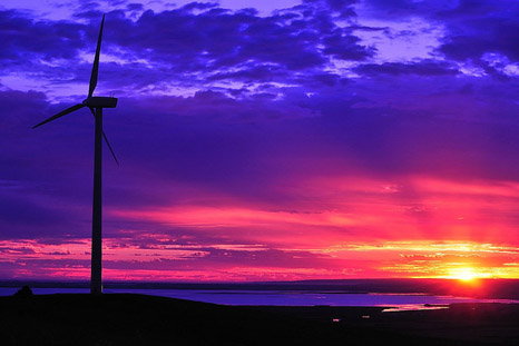 The Australian government is reviewing its renewable energy target (Pic: Flickr/mugley)