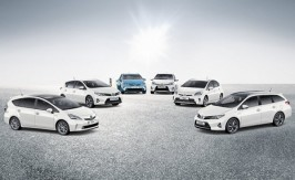 Toyota reports 43% rise in hybrid sales