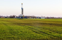 White House launches drive to cut methane emissions