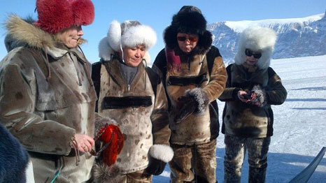 Ban Ki-moon prepares to go sledging with PMs of Denmark and Greenland (Source: UN Spokesperson)