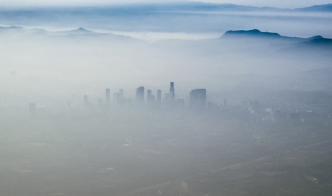 Layers of smog hanging over Los Angeles, one of the USA's most polluted cities (Pic: Robert S Donovan/Flickr)
