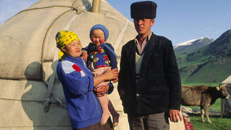 A Kyrgyz family in front of their yurt in the Tchonkymyn Valley in the Tien Shan Mountains. (Pic: UN Photo/F Charton)