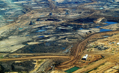 The Alberta tar sands (Pic:  Howl Arts Collective/Flickr)