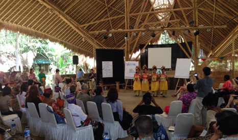 Women community leaders compare strategies at a conference in Bali (Pic: Global Greengrants Fund)