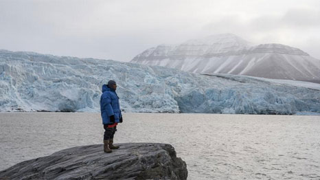President Anote Tong in the Arctic (Pic: Greenpeace)