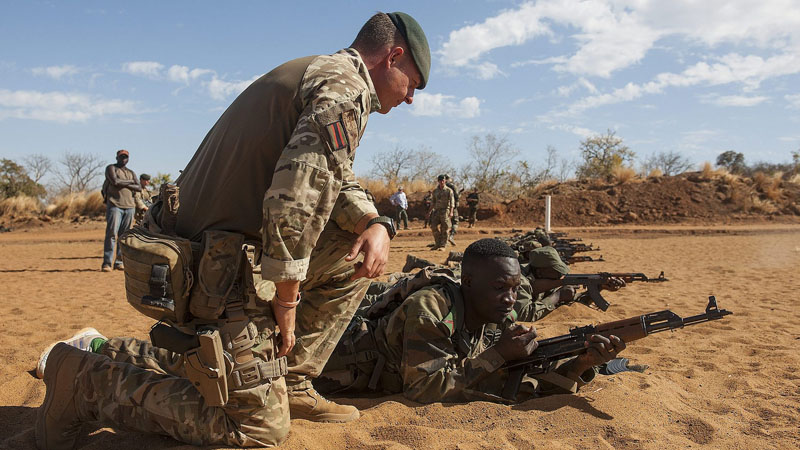 British forces training Malian troops in response to the 2012 insurgency (Pic: MOD/SAC Dek Traylor)