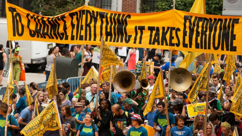 """The 2014 People's Climate March in New York gave """"a glimpse of a far more urgent, motivated climate justice movement"""" say experts (Pic: Flickr/South Bend Voice)"""