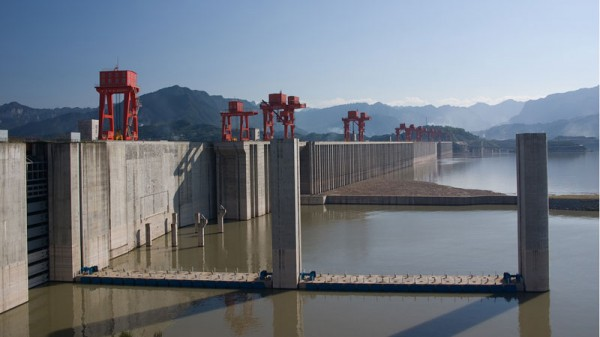 The Three Gorges Dam in China has a total electric generating capacity of 22,500 MW (Pic: ilmari hyvönen/Flickr)