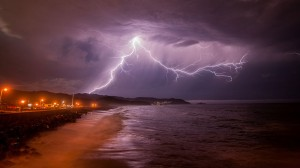Climate change to increase US lightning strikes