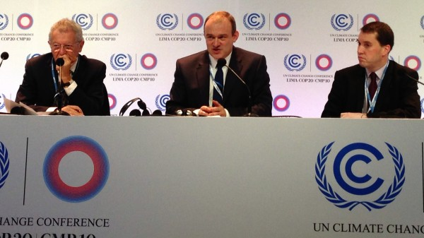 Ed Davey, flanked by special envoy Sir David King to his left and UK negotiator Ben Lyon to his right (Pic: Sophie Yeo)