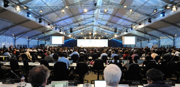 Late Night Lima - envoys battle to contain expanding climate deal