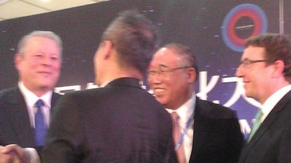 Al Gore and Xie Zhenhua at UN climate talks in Lima