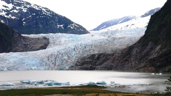 Mendenhall Glacier, Alaska (Pic: Flickr/jjjj56cp)