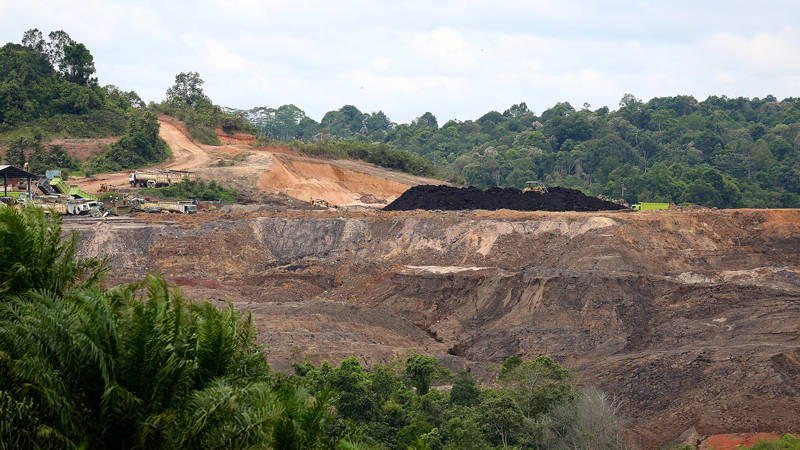 A coal mine in East Kalimantan, Indonesia (Pic: Flickr/CIFOR/Mokhamad Edliadi)