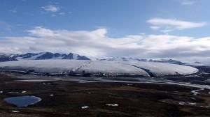Permafrost 'carbon bomb' unlikely but melt danger rising
