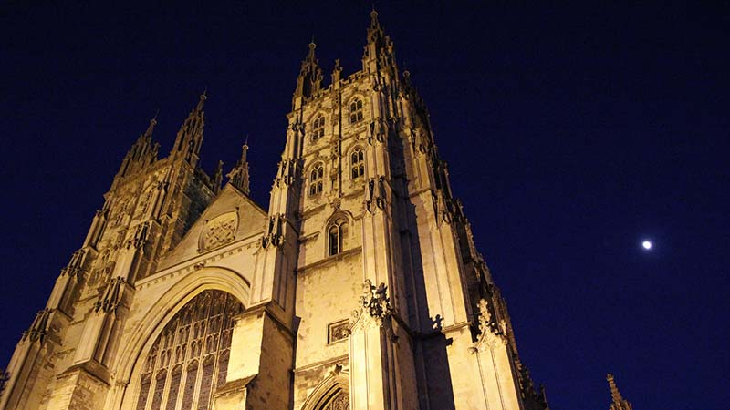 Canterbury Cathedral, the CofE's top religious site, (Flickr/ Robyn Cox)