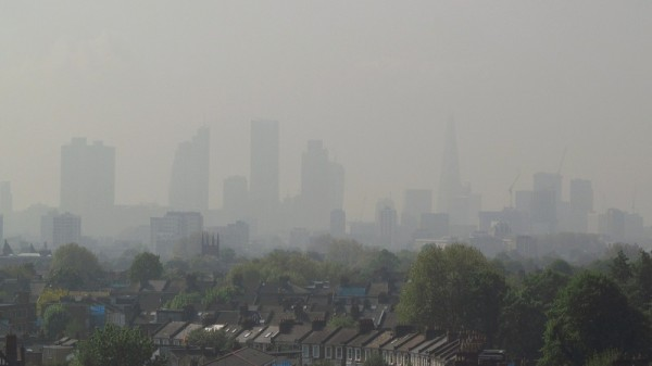 "London at air pollution ""level 5"" (Pic: Flickr/David Holt)"