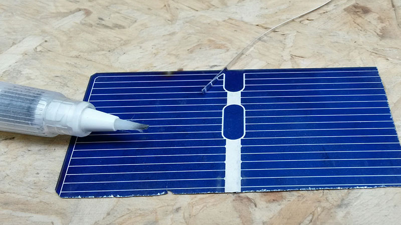 36 credit card sized solar panels are needed to make a 20 watt charger (Pic: Ed King)