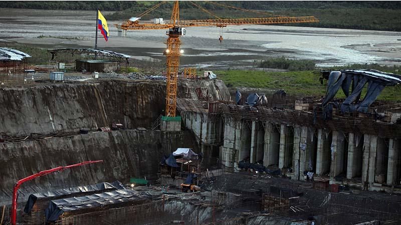 Ecuador's Coca Codo Sinclair could generate a third of the country's electricity needs but green groups oppose its destruction of the rainforest (Flickr/ Presidencia de Ecuador)