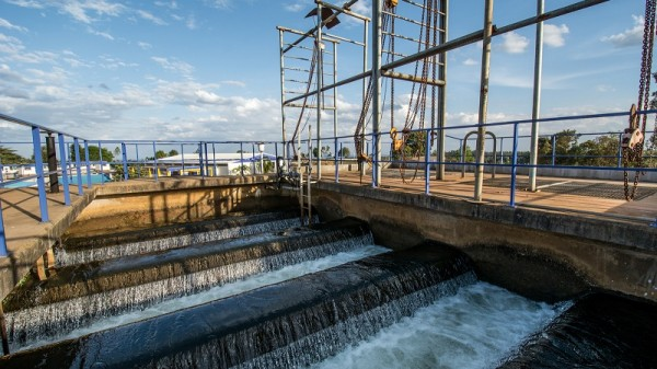 Soil erosion clogs up water treatment works (Pic: Georgina Smith/CIAT)