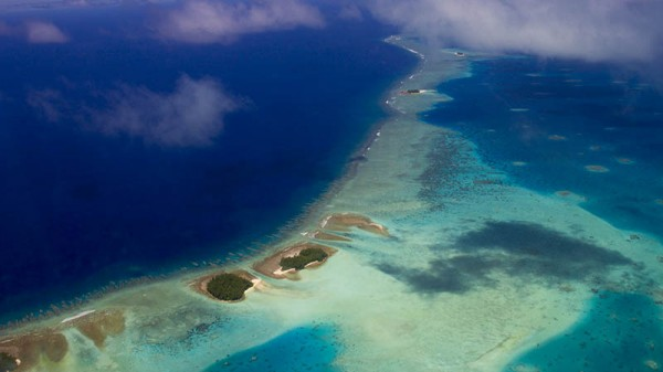 Tuvalu PM warns against suing oil majors for climate damage