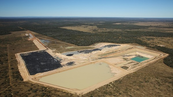 A test mine in Queensland's Galilee Basin (Greenpeace/Andrew Quilty)