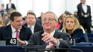 """EC president Juncker warns of """"climate refugee"""" challenge"""