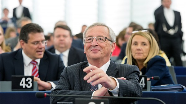 "EC president Juncker warns of ""climate refugee"" challenge"