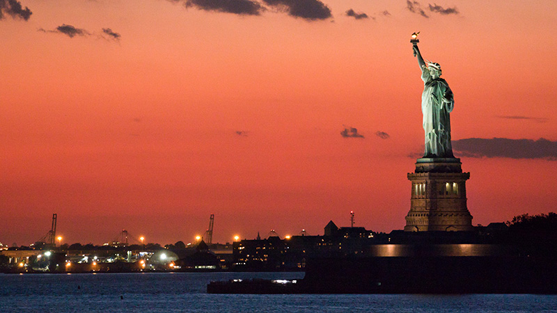 50m sea level would certainly submerge the Statue of Liberty, But will we still be around then? (Flickr/ Florin Draghici)