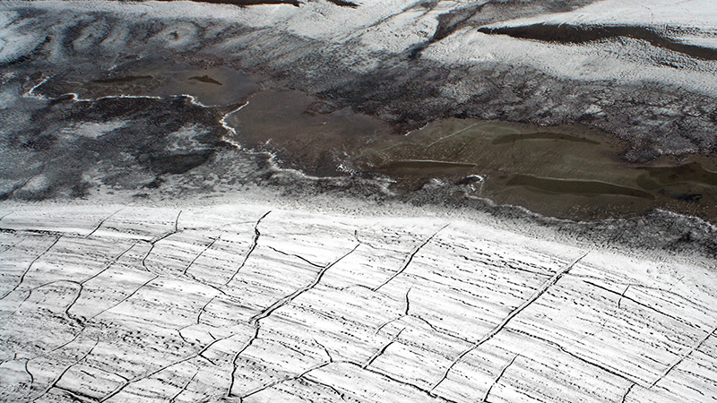 Cracks on Arctic sediment (Credit: wikimedia commons)