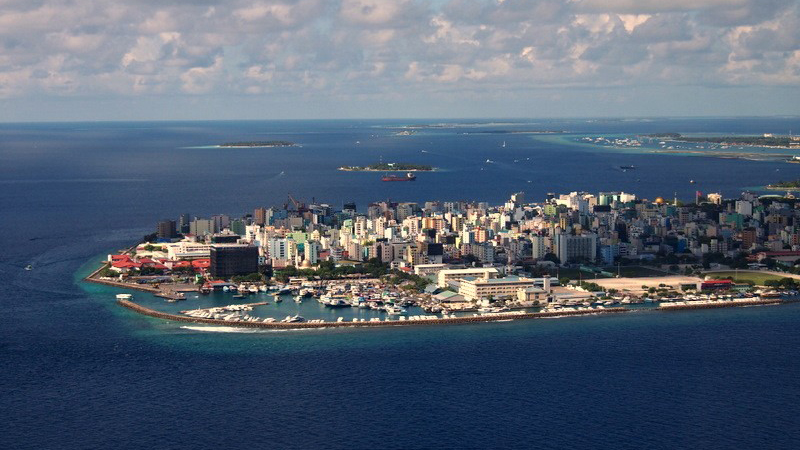 Male, the capital of the Maldives is threatened by rising sea levels (Flickr/ @ccfoodtravel)