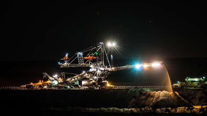 A strip mining machine in Poland. The country relies on coal for 90% of its electricity (Flickr/ Kamil Porembiński)