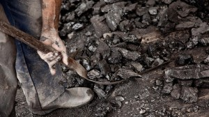 India coal imports down 34% in December