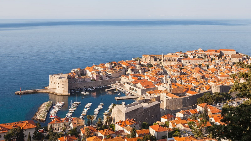 Dubrovnik (Wikimedia Commons/Diego Delso)