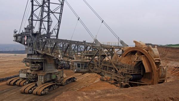 Banks urged to blacklist Czech coal guzzler EPH