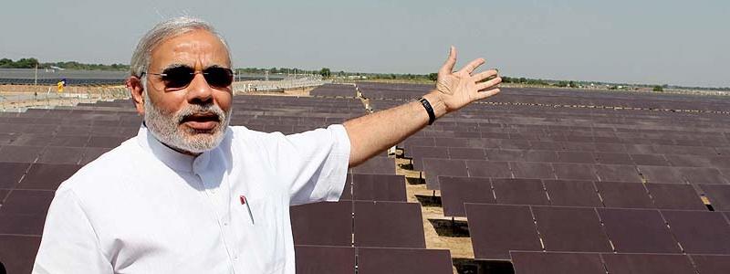 Prime minister Narendra Modi opens a 600MW solar farm in Gujurat (Pic: Narendra Modi official website)