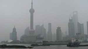 Shanghai must target heavy industry to peak emissions